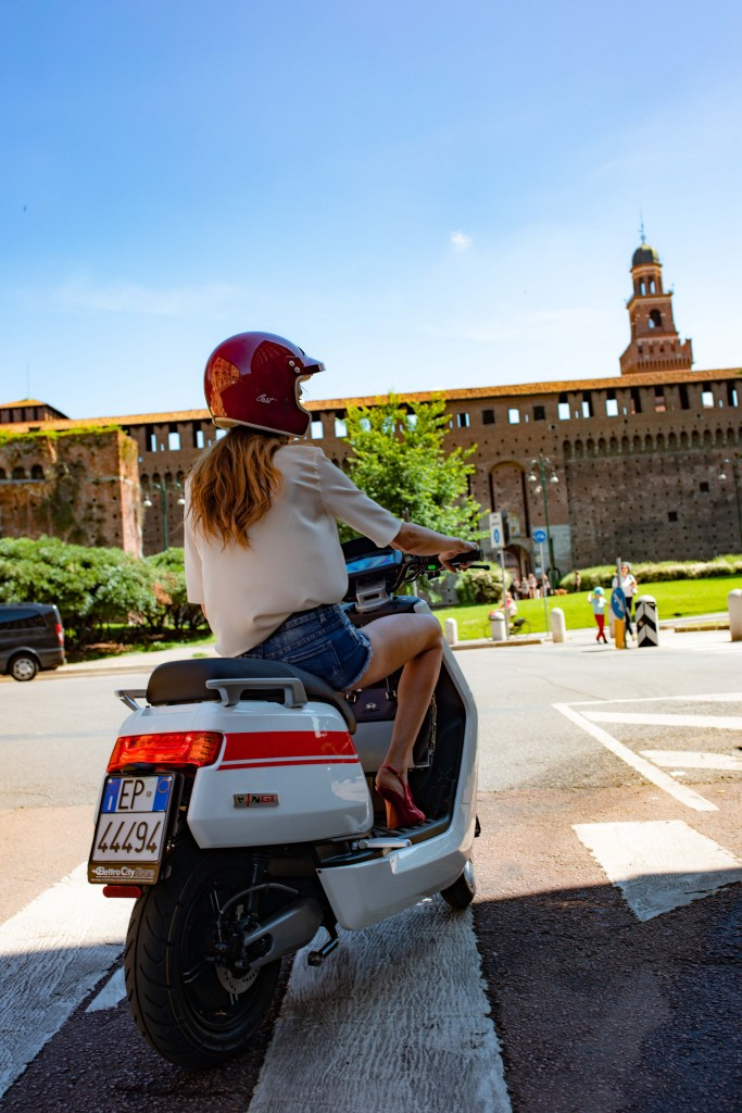 niu-smart-scooters-ready-to-be-tested-at-e_mob-in-milan
