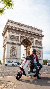 paris slows down anne hidalgo