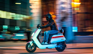 how fast electric scooter 125 cc
