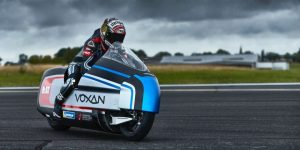 Dry Ice-Cooled Electric Motorcycle