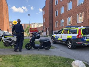 Police arrive at the scene of the scooter theft