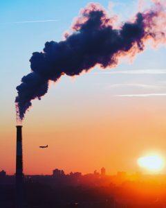 Reducir nuestra huella de carbono debería ser un propósito de Año Nuevo para todos