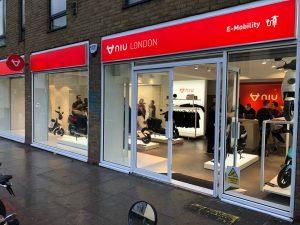 NIU Flagship London scooter dealer winkel